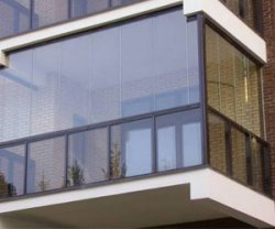 Остекление балкона поликарбонатом